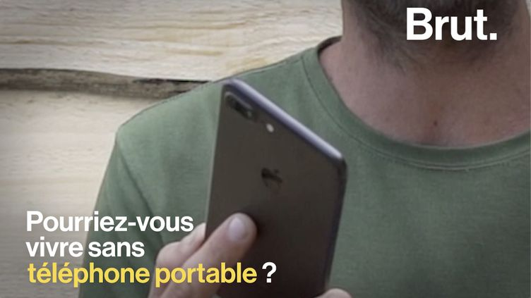 VIDEO. Téléphone, déodorant… 5 choses dont Rob Greenfield a appris à se passer (BRUT)