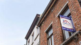 Un logement à vendre, en avril 2021. Photo d'illustration. (JEAN-LUC FLEMAL / MAXPPP)