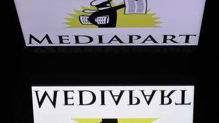 Le logo du site de Mediapart, le 28 décembre 2018. (LIONEL BONAVENTURE / AFP)