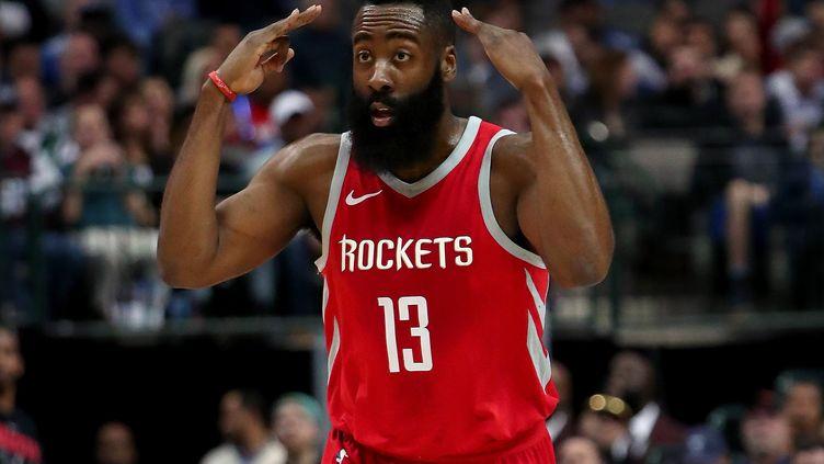 James Harden, le leader de Houston et meilleur marqueur de la NBA (TOM PENNINGTON / GETTY IMAGES NORTH AMERICA)