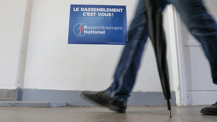 Une affiche du Rassemblement national, à Hénin-Beaumont (Pas-de-Calais), le 7 septembre 2019. (MAXPPP)