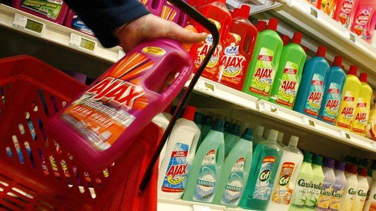 (De nombreuses marques connues concernées par la liste noire de 60 millions de consommateurs © maxPPP)