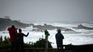 La côte de Biarritz (Pyrénées-Atlantiques), le 3 novembre 2019, lors de la tempête Amélie. (GAIZKA IROZ / AFP)