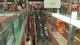 Pass sanitaire : le grand bazar dans les centres commerciaux (France 3)