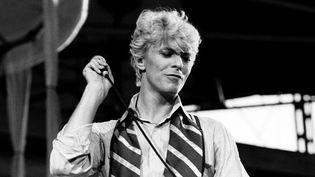 "David Bowie en juillet 1983 époque ""Let's Dance"".  (Virginia Turbett/ Redferns / Getty Images)"