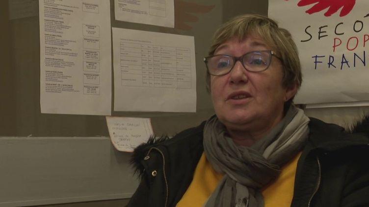 Outre la grève contre la réforme des retraites, jeudi 5 décembre marquait la journée mondiale du bénévolat. Reportage sur une retraitée qui donne gratuitement de son temps au Secours populaire. (france 3)