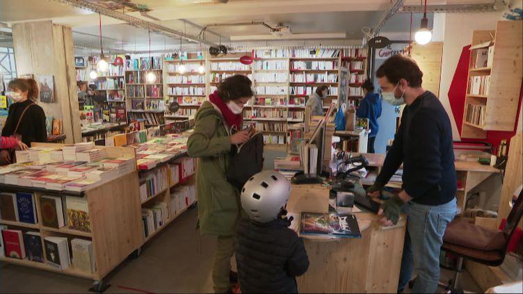 Les librairies indépendantes de Montpellier ont accueilli de nombreux clients. (M.Flores / France Télévisions)