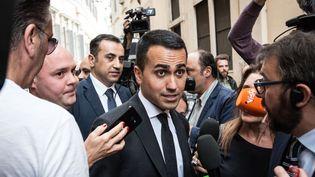 Luigi Di Maio, leader du Mouvement 5 étoiles, quitte le Parlement italien après unejournée de rencontres pour former un nouveau gouvernement, le 10 mai 2018, à Rome. (ANDREA RONCHINI / NURPHOTO / FP)