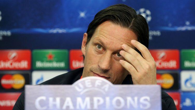 Roger Schmidt, l'entraîneur du Bayer Leverkusen (ROLAND WEIHRAUCH / DPA)