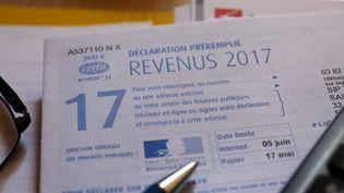 Ceux qui déclarent leurs revenus sur internet ont droit à un délai supplémentaire. (JULIO PELAEZ / MAXPPP)