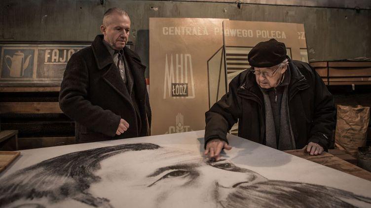 """L'acteur Boguslaw Linda et le réalisateur Andrzej Wajda sur le plateau des """"Fleurs bleues""""  (KMBO)"""