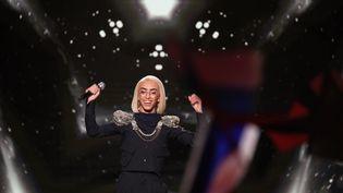 """Le chanteur Bilal Hassani sur le plateau de """"Destination Eurovision"""", le 26 janvier 2018. (MAXPPP)"""