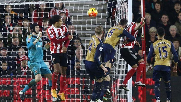 José Fonte marque le 3e but de Southampton devant Arsenal (JUSTIN TALLIS / AFP)