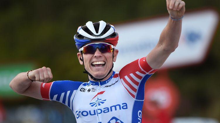 Double vainqueur d'étapes sur la dernière Vuelta, David Gaudu a encore levé les bras en Espagne. (MIGUEL RIOPA / AFP)