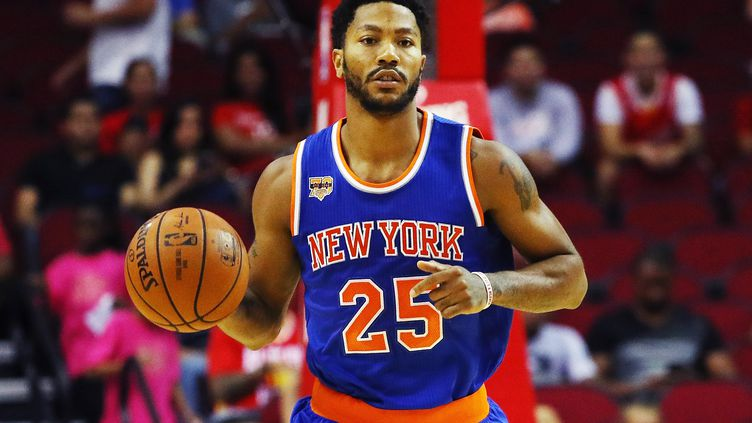 Derrick Rose sous le maillot des New York Knicks le 4 octobre dernier (SCOTT HALLERAN / GETTY IMAGES NORTH AMERICA)