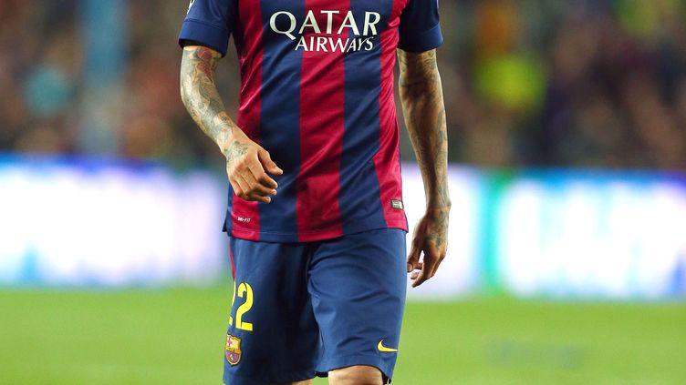 Le latéral droit du FC Barcelone, Daniel Alves (KIERAN MCMANUS / BACKPAGE IMAGES LTD)