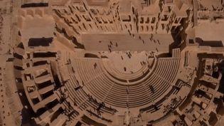 Des vestiges de l'époque romaine classés au patrimoine mondial de l'UNESCO ont souffert de la guerre en Libye, et restent menacés par le manque de moyens pour les entretenir. (FRANCE 2)