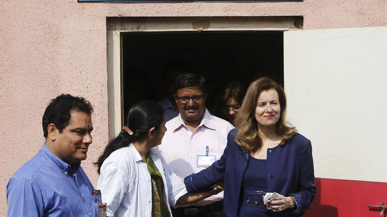 Valérie Trierweiler à Bombay,le 27 janvier 2014, lors de son voyage humanitaire en Inde. (DANISH SIDDIQUI / REUTERS)