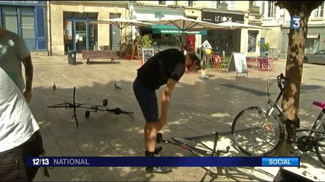 À Bordeaux, le quotidien d'un livreur à vélo