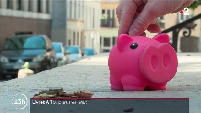 Livret A : les Français vont-ils moins épargner durant l'été ?