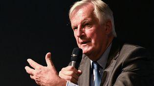Michel Barnier, candidat LR à l'élection présidentielle, le 9 septembre 2021 à Nîmes (Gard). (PASCAL GUYOT / AFP)