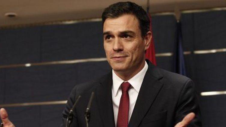Le 2 février 2016 à Madrid, Pedro Sanchez annonce qu'il a accepté de former un gouvernement. (AFP)