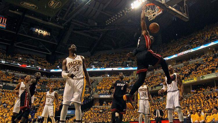 Dwyane Wade au dunk face aux Pacers