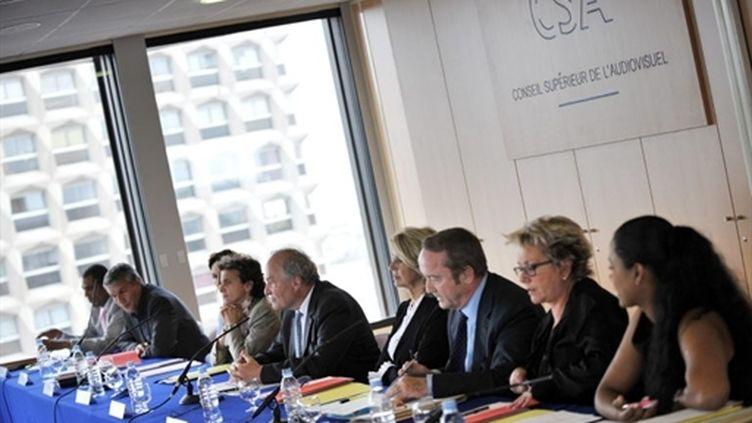 Conférence de presse sur la radio numérique terrestre au CSA (archives, 26 mai 2009) (AFP / Bertrand Langlois)