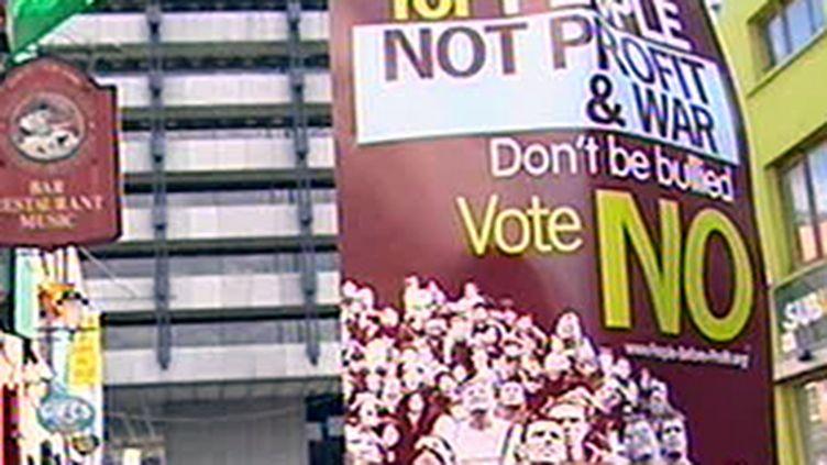 Une affiche prônant le non au référendum sur le traité de Lisbonne (France 3)
