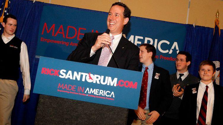 Rick Santorum, candidat aux primaires républicaines américaines, le 13 mars 2012 à Lafayette, enLouisiane (Etats-Unis). (SEAN GARDNER / GETTY IMAGES / AFP)