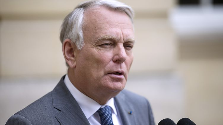 Jean-Marc Ayrault présente la réforme de la politique familiale, lundi 3 juin 2013, à l'hôtel Matignon (Paris). (FRED DUFOUR / AFP)