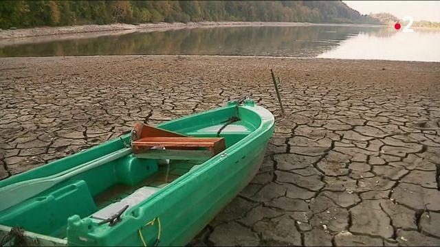 Sécheresse : le manque d'eau redessine les paysages de France
