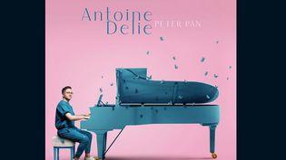 """Musique : """"Peter Pan"""", le premier album d'Antoine Delie, est dans les bacs (Capture d'écran franceinfo)"""