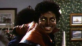 """Michael Jackson dans le clip """"Thriller"""" signé John Landis.  (saisie écran)"""