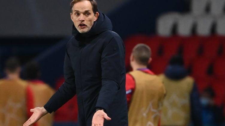 Thomas Tuchel n'a pas apprécié les critiques sur le fond de jeu de son équipe après la victoire contre Leipzig. (FRANCK FIFE / AFP)