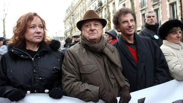 Eva Darlan, Pierre Berge et Jack Lang à la manifestation pour le mariage des homos à Paris le 27 janvier 2013 (THOMAS SAMSON / AFP)