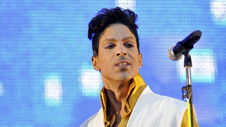Prince au Stade de France, à Saint-Denis, le 30 juin 2011  (Bertrand Guay / AFP)