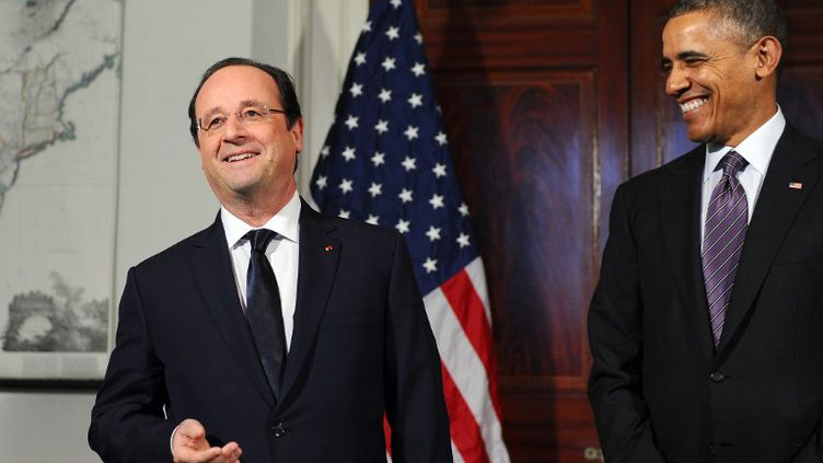 Le président François Hollande en visite d'Etat aux Etats-Unis. Accompagné par Barack Obama,Après une cérémonieofficielle, Barack Obama et François Ho llande se sont rendus à bord de l'avion Air Force One pourune visitesur le domaine de Monticello, fief de ThomasJefferson, le 10 février 2014. ( AFP )