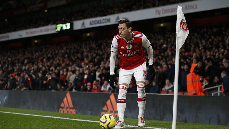 Lefootballeur allemand d'Arsenal,Mesut Ozil, lors d'un match contre Manchester City, à Londres (Royaume-Uni), le 15 décembre 2019. (IAN KINGTON / IKIMAGES)