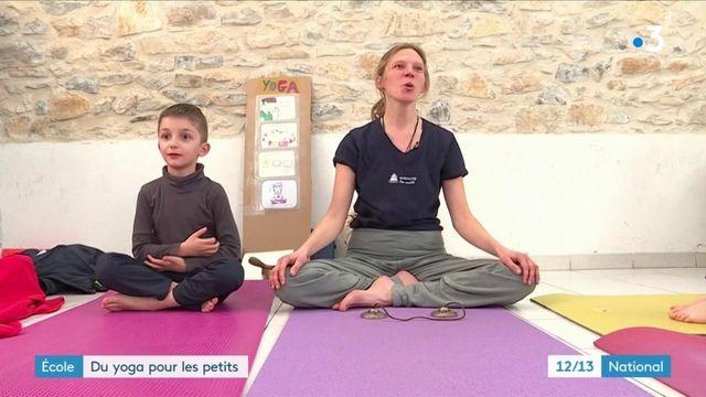 Enfance : du yoga dès la petite école