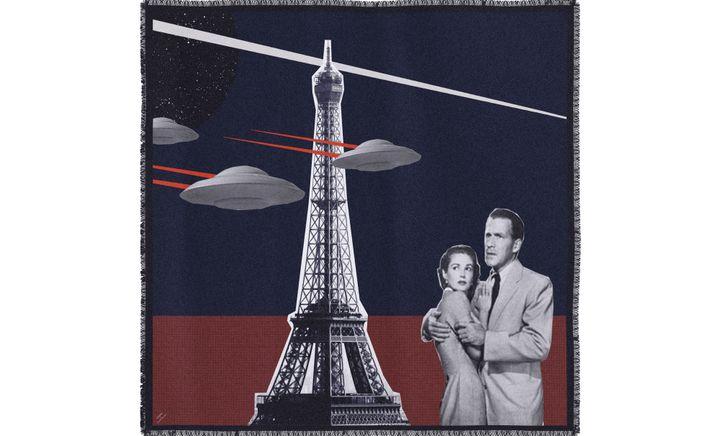Paris ! Le Bon Marché : Cinabre, carré cachemire Paris Flying Saucers  (Le Bon Marché)