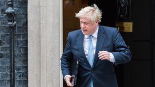 Boris Johnson sortant du10 Downing Streetà Londres, le 2 septembre 2019. (WIKTOR SZYMANOWICZ / NURPHOTO / AFP)