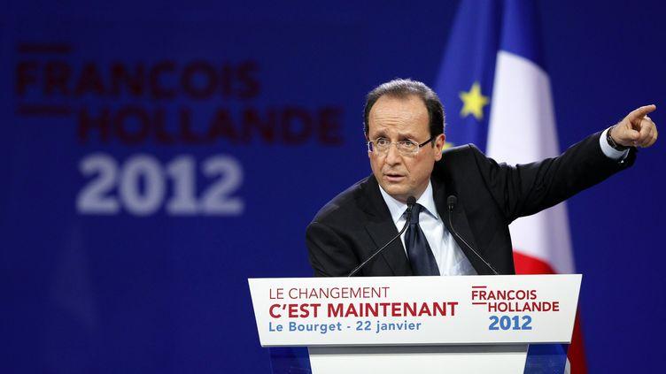 François Hollande prononce un discours le 22 janvier 2012 au Bourget (Seine-Saint-Denis). (PATRICK KOVARIK / AFP)
