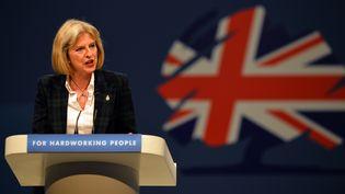 La ministre britannique de l'Intérieur, Theresa May, le 30 septembre 2013 à Manchester (Royaume-Uni). (PAUL ELLIS / AFP)