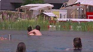 Une piscine 100% naturelle. (CAPTURE D'ÉCRAN FRANCE 2)