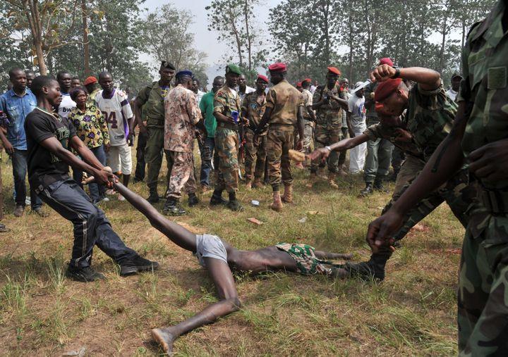 Le lynchage s'est produit le 5 février 2014 devant de nombreux témoins. (ISSOUF SANOGO / AFP)