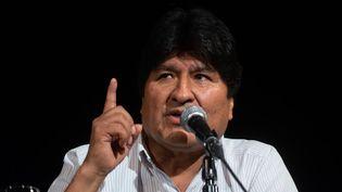 L'ancien président bolivien Evo Morales, le 17 décembre 2019, lors d'une conférence de presse à Buenos Aires (Argentine). (MARIO DE FINA / NURPHOTO / AFP)