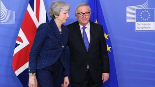 Theresa May et Jean-Claude Juncker à Bruxelles, le 7 février 2019. (DURSUN AYDEMIR / ANADOLU AGENCY / AFP)