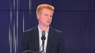 """Adrien Quatennens,député La France insoumise du Nord était l'invité du """"8h30franceinfo"""", mercredi 15septembre 2021. (FRANCEINFO / RADIOFRANCE)"""