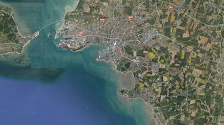 Un commerçant de La Rochelle (Charente-Maritime) a retrouvé sa voiture intacte avec un mot d'excuses, devant sa boulangerie, alors que le véhicule avait été dérobé la veille. (GOOGLE MAPS)